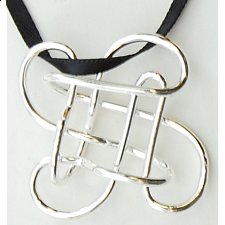 Puzzle Pendant - Mystery Clover - Other Wire / Metal Puzzles