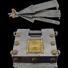 Big 3 Key Puzzle Lock -