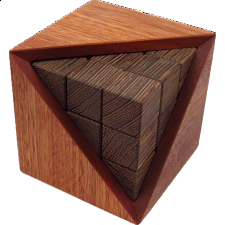 Triangle Ring 3 - European Wood Puzzles