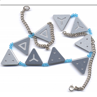 Necklace Packing Puzzle