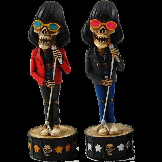 skeleton-band-chessmen
