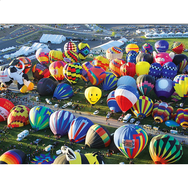 balloons-galore-hot-air-balloons-on-the-ground