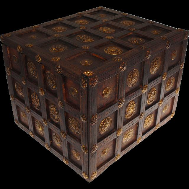 wooden-cube-design-puzzle-box-1